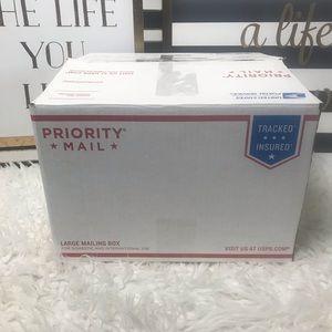 New Women's Mystery Clothing Box